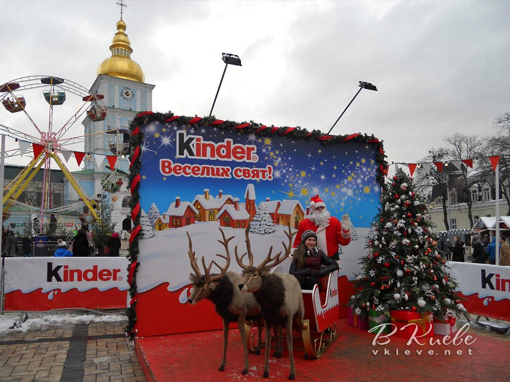 Елка 2017 на Софиевской площади в Киеве
