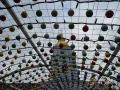 Главная новогодняя елка 2017 в Киеве. Арка с елочными шарами на Михайловской площади