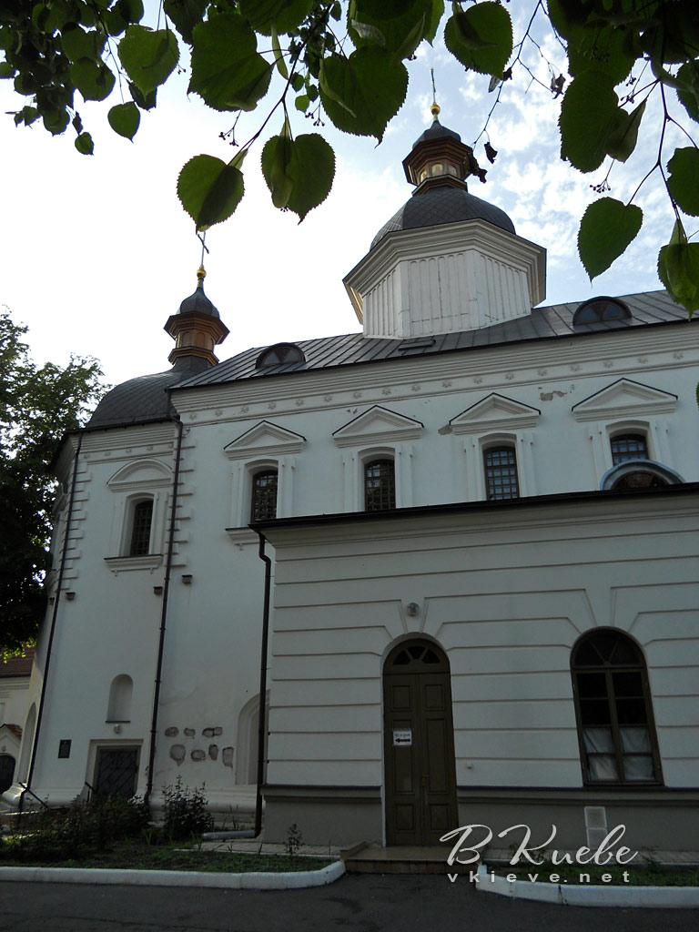kievo-bratskij-bogoyavlenskij-monastyr-03