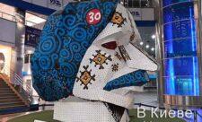 Голова Гоголя на Южном вокзале в Киеве