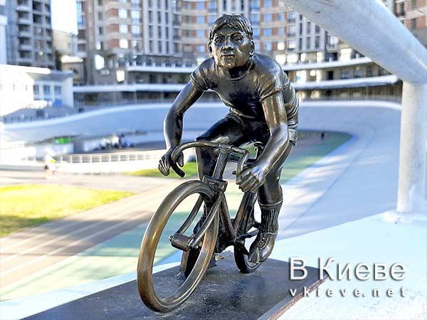 Киевский велотрек проект Шукай