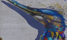 Сказочная птица на проспекте Бажана