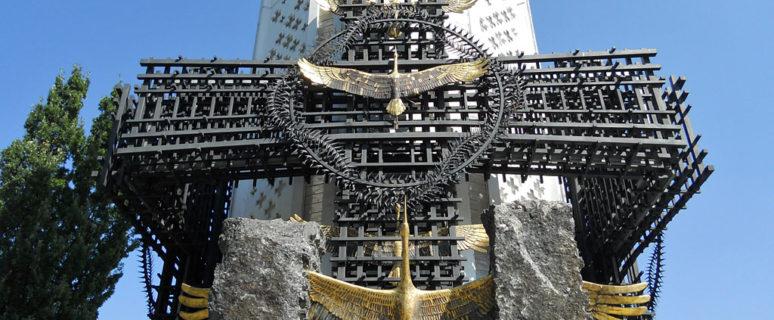 svecha-pamyati-memorial-zhertvam-golodomora-v-ukraine-02